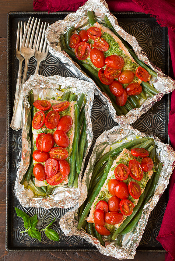 pesto-salmon-and-italian-veggies-in-foil3-srgb.