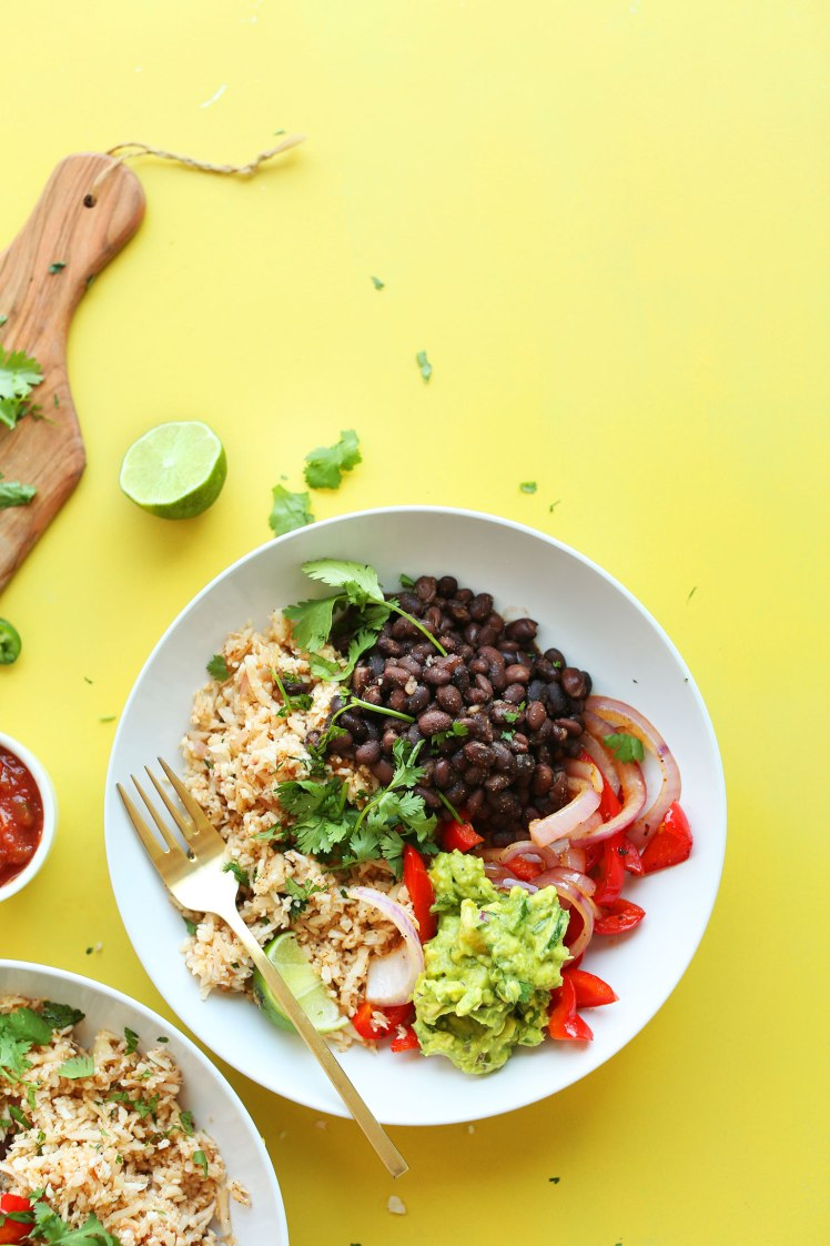 CAULIFLOWER-RICE-Burrito-Bowl-So-easy-healthy-and-full-of-fiber-and-protein-vegan-glutenfree-plantbased-recipe-mexican-dinner